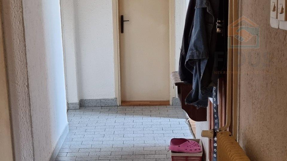 Haus, 220 m2, Verkauf, Osijek - Industrijska četvrt