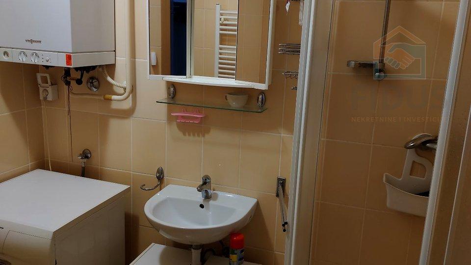 Apartment, 34 m2, For Rent, Osijek - Gornji grad