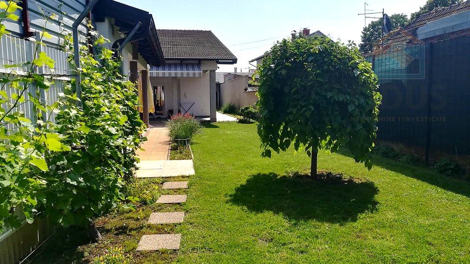 House, 220 m2, For Sale, Osijek - Retfala
