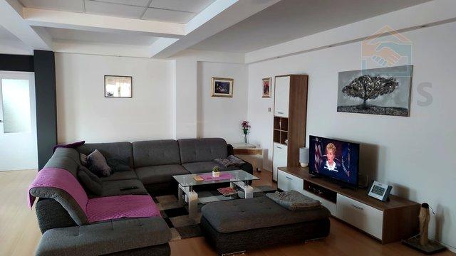 House, 185 m2, For Sale, Osijek - Retfala