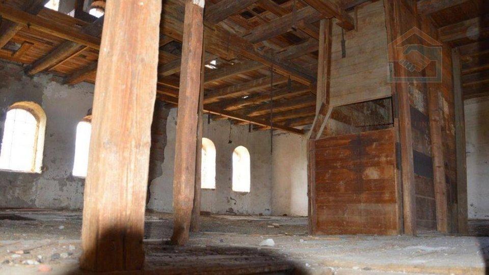 Stari mlin 850 m2 - Bilje