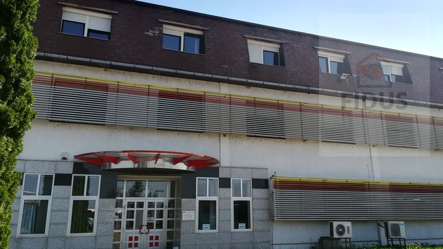 Commercial Property, 665 m2, For Rent, Osijek - Industrijska četvrt