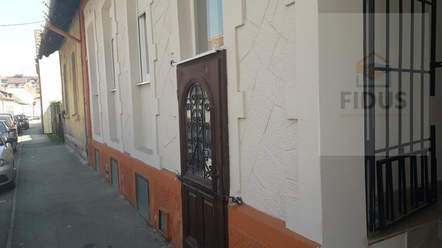 Commercial Property, 150 m2, For Rent, Osijek - Gornji grad