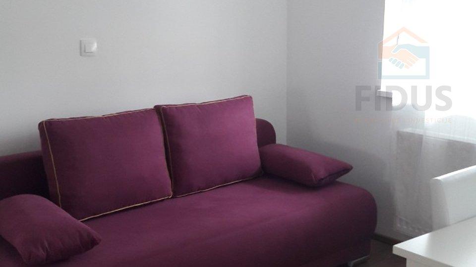 Wohnung, 65 m2, Vermietung, Osijek - Gornji grad