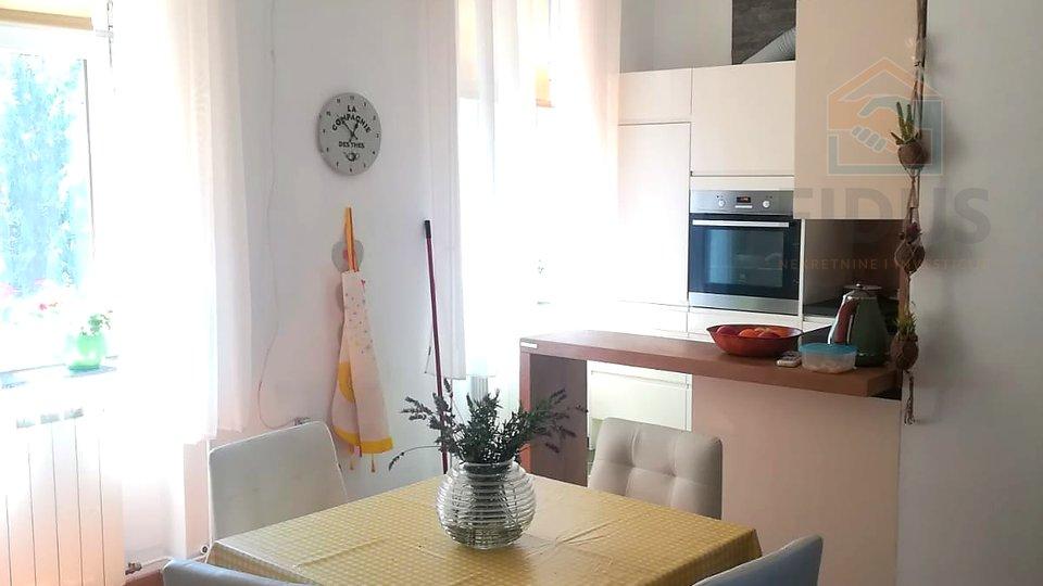 Appartamento, 96 m2, Vendita, Osijek - Gornji grad