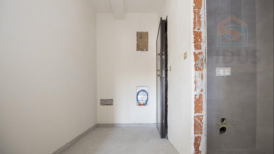Apartment, 71 m2, For Rent, Osijek - Gornji grad
