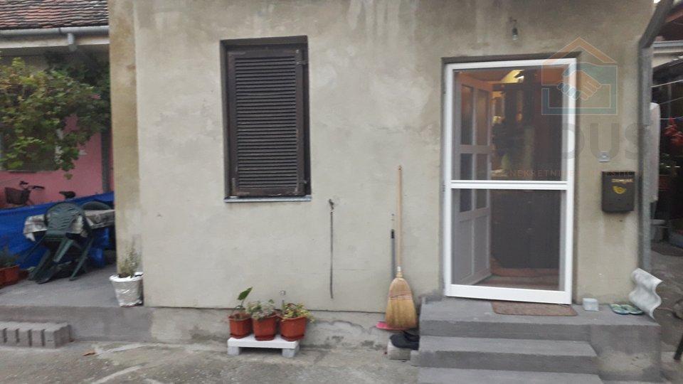 Appartamento, 21 m2, Vendita, Osijek - Gornji grad