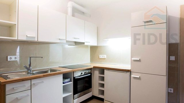 Room Rental, 50 m2, For Rent, Čepin