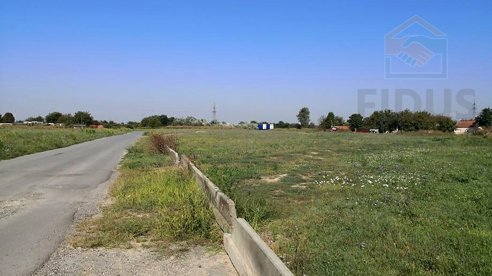Land, 12363 m2, For Sale, Osijek - Industrijska zona