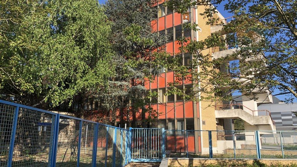 Commercial Property, 1949 m2, For Sale, Osijek - Industrijska zona