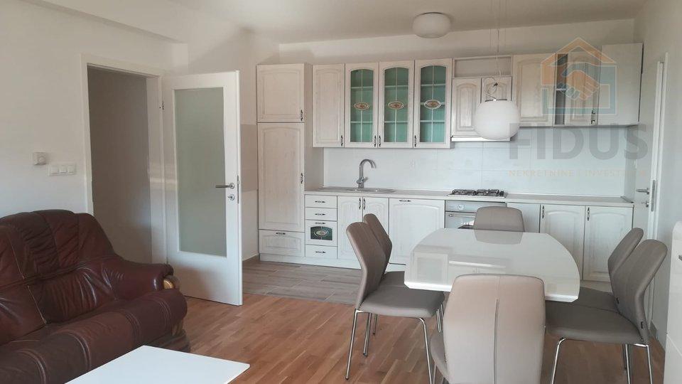 Apartment, 88 m2, For Rent, Osijek - Gornji grad