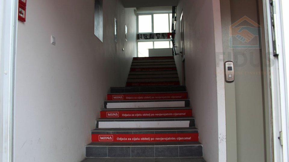 Commercial Property, 377 m2, For Rent, Beli Manastir