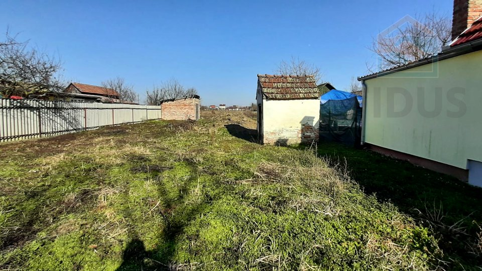 Land, 1874 m2, For Sale, Čepin