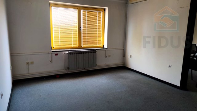 Geschäftsraum, 20 m2, Vermietung, Osijek - Industrijska zona